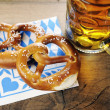 Pretzel on bavarian napkin — Stock fotografie