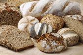 Variatie van volkorenbrood — Stockfoto