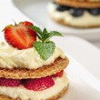 Sweet dessert - wafers with vanilla creme and strawberries — Stok fotoğraf
