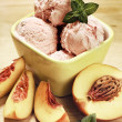 Strawberry Ice Cream With Mint And Peaches — Stock Photo