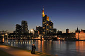 Frankfurt At Night — 图库照片