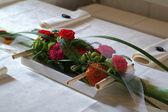 Ikebana - kwiatowy bukiet dekoracja stołu — Zdjęcie stockowe