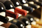 şarap şişeleri — Stok fotoğraf