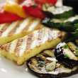 Grilled Halloumi cheese and vegetables — Stock Photo