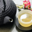 Japanese teapot and cup of green tea — Foto Stock