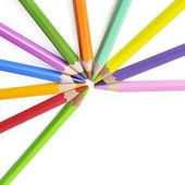 Groep van kleur potloden op witte achtergrond — Stockfoto