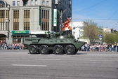 Oslava den vítězství ve velké vlastenecké válce v moskvě. průvod. — Stock fotografie