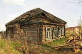 Old wooden house in one of the cities — Stock Photo