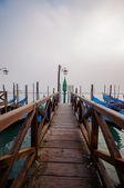 Pier in Venice city — 图库照片