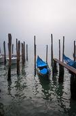 Góndolas en la laguna de venecia — Foto de Stock