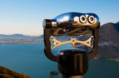 Binocular observation Iseo lake — Stock Photo