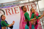 Bolliwood dance at festival of the East in Milan city — Stock Photo