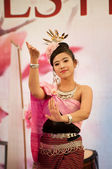 Burmese dance at festival of the East — Stock Photo