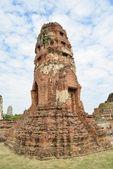 Inclined Pagoda in Wat Phra Mahathat — Stock Photo
