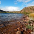 Mountain Lake on the coast of Barents Sea — Stock Photo