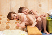 Smiling children in a house situation — Stock Photo