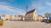 Tallinn Town Hall and Town Hall Square in Tallinn, Estonia. — Zdjęcie stockowe