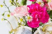 Carnation in mosaic flower pot — ストック写真