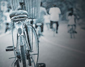 Cycling on a rainy day — Stock fotografie