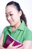 Ein mädchen in die grüne kleider — Stockfoto