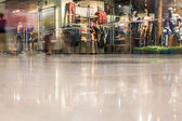 Mall in motion — Stock Photo