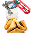 Hamantaschen cookies and grogger — Stock Photo