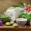 Spa concept still life with candles and towels — 图库照片
