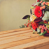 Retro backgrouns with flowers — Stock Photo