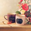 Cup of tea with chalkboard stickers — Stockfoto