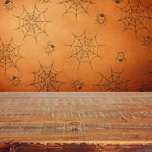Halloween holiday background with wooden table — ストック写真