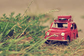 Toy mini car with luggage — Stockfoto