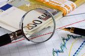 Analysing the stock market — Stock Photo
