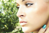 Beautiful girl with green eyes. beauty woman. nature background — Stock Photo