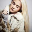 Beautiful blond woman Girl in Mink Fur Coat.winter fashion — Stock Photo #36923839