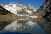 Mount Cerro Torre from lake Torre — Stock Photo