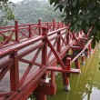 The famous red bridge in Hanoi at Hoan Kiem Lake. vietnam. — Stock Photo