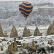Hot Air Ballons flying on the sky of Cappadocia. — ストック写真