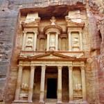 Facade of the Khasneh (Treasury) at Petra. Jordan. — Stock Photo #22030323