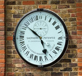 Galvano magnetic precision clock at Greenwich observatory — 图库照片