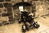 Old cannon in Edinburgh castle — Stock fotografie