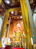 Big buddha statue beautiful in the church of the Wat phrathat do — Stock Photo