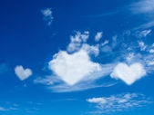 Heart cloud shape blue sky — Stock Photo