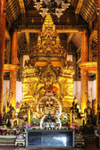 The golden buddha in temple, wat phrathat jomthong Chiang Mai, T — Stock Photo