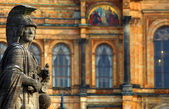 "The historic statue of ""Pallas Athene"" in Munich in Germany — Stock fotografie"