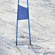 Ski gates with  blue flag — 图库照片