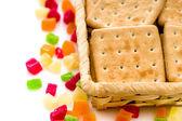 Cracker kex och kanderad frukt — Stockfoto