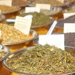 Tea Leaves On Sale At Farmer's Market — Stock Photo #29919959
