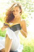 Beautiful Woman Reading Bible — Stock Photo