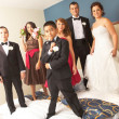 Portrait of Newlyweds With Bridesmaids And Groomsmen — Stock Photo