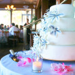 Wedding cake — Stockfoto #32941499
